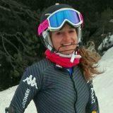lara-della-mea_sorride