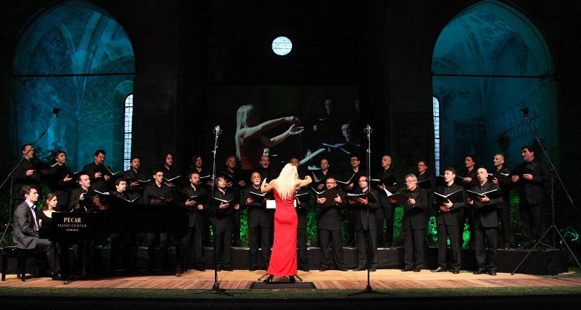 anteprima di 100% genuino il più votato genuino Coro Polifonico di Ruda e Piano Twelve in concerto per i 60 ...